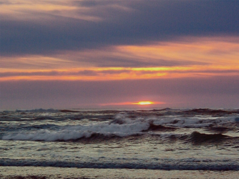 Ocean Shores waves after sunset3
